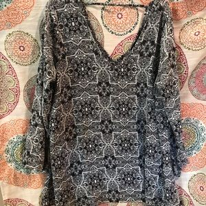 New never worn Living Doll Tunic 1x Black & White